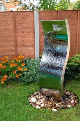 Arte y jardiner a estanques y fuentes en el jard n - Fuentes decorativas de jardin ...