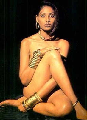BOLLYWOOD HOT ACTRESS BIPASHA BASU HOT SEXY NUDE NAKED PICS PHOTOS