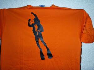 Νέα t-shirt συλλόγου logo δύτης