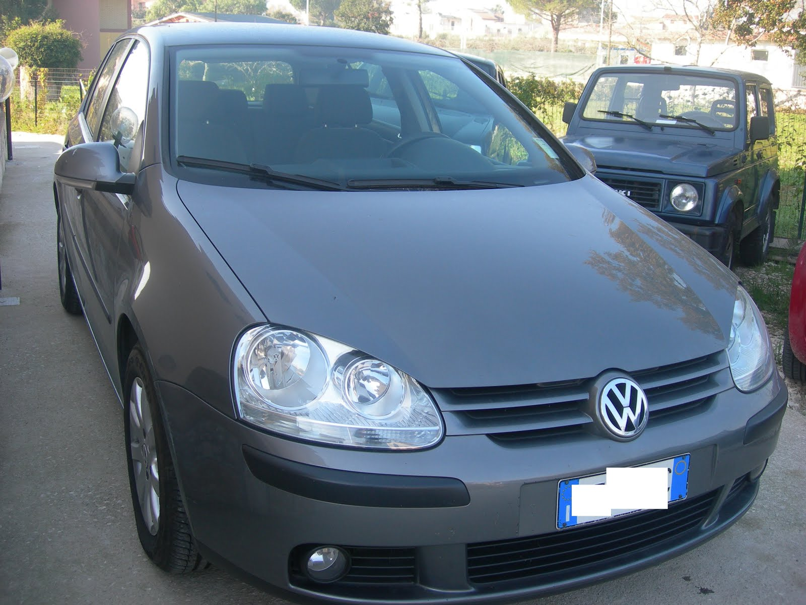 VW GOLF 5 1.9 TDI 105 CV IMMATRICOLAZIONE 2006 MODELLO CONFORTLINE PREZZO 6.000,00 EURO