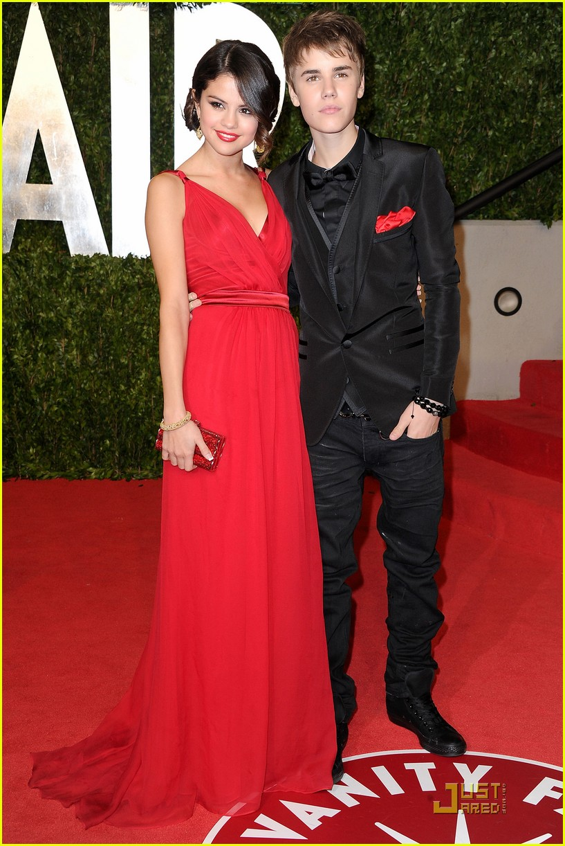 justin bieber with Selena Gomez 10