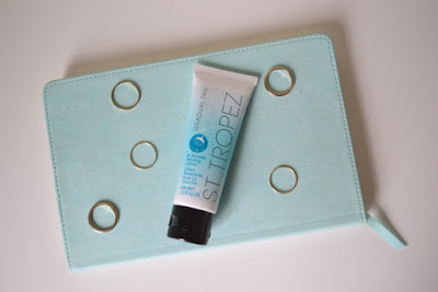 St Tropez Gradual Tan In Shower Tanning Lotion