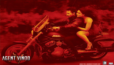 Kareena Kapoor and Saif- Agent Vinod HQ Wallpaper