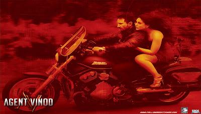 Kareena Kapoor and Saif- Agent Vinod HQ Wallpaper