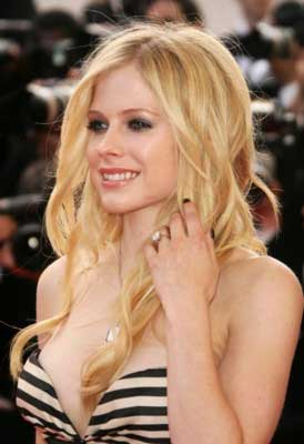 avril lavigne normal hair