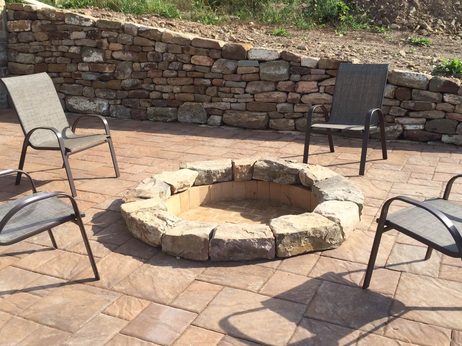 Dryhouse stoneworks fire pit w paver patio and dry laid for What kind of bricks for fire pit