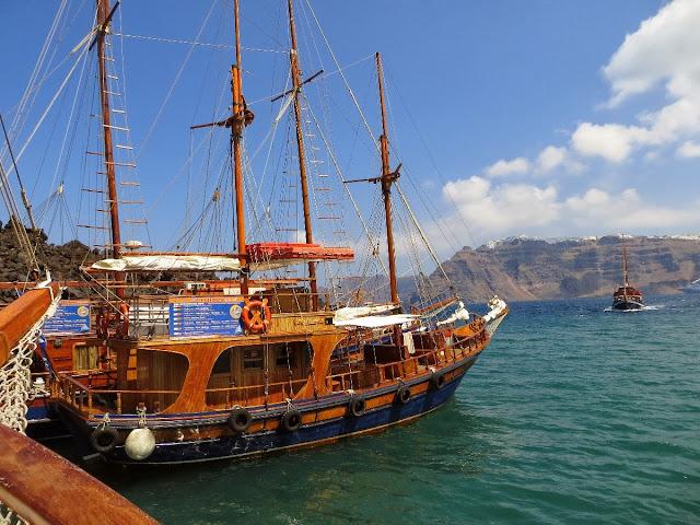 escursione in barca da santorini, nea kameni e thirasia