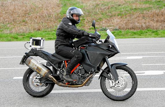 2013 New KTM 1190 R Adventure  2013 KTM 1190 R Adventure Preview  , 2013 KTM 1190 R Adventure Photos , 2013 KTM 1190 R Adventure Launch Date , 2013 KTM 1190 R Adventure Specs , 2013 KTM 1190 R Adventure Overview