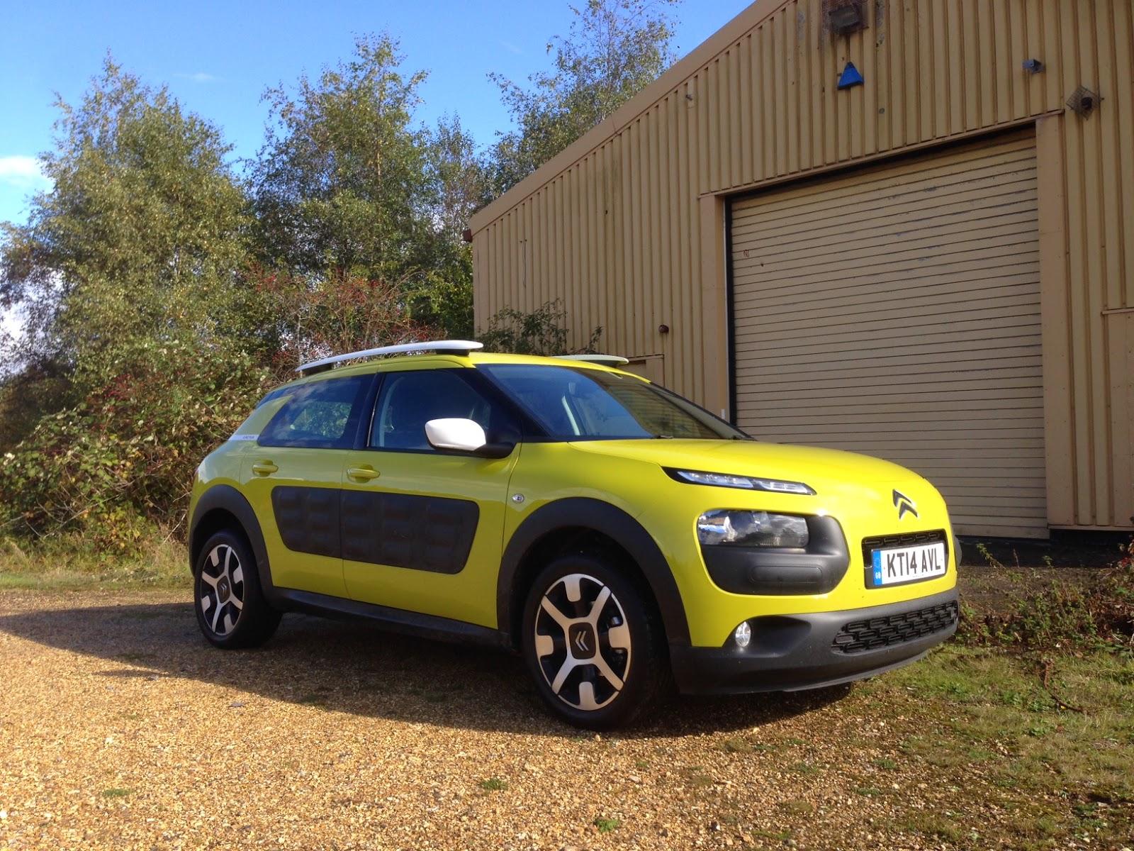Citroën C4 Cactus in Hello Yellow
