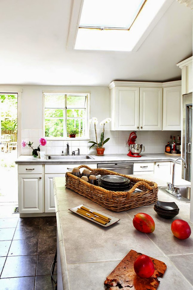 Cocinas blancas grandes peque as en l o en u modernas y cl sicas boho deco chic - Cocinas blancas clasicas ...