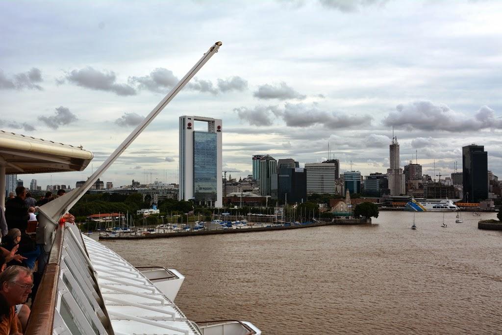 Port of Buenos Aires skyline