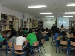 IES Al-Baytar Charlas Derechos Humanos,Solidaridad  de alumnado de Bachillerato y profesores.