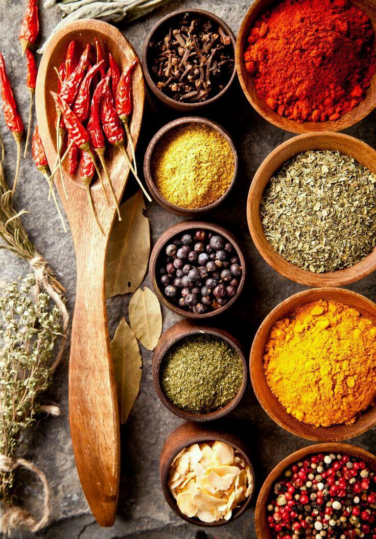 Hierbas arom ticas especias y condimentos the spanish food for Cultivo de plantas aromaticas y especias