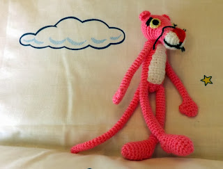 Pantera rosa de crochet., amigurumi