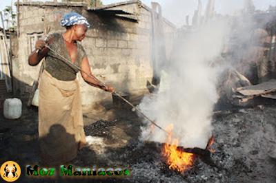 O Drama Mamas Que Assam e Vendem Castanhas em Maputo