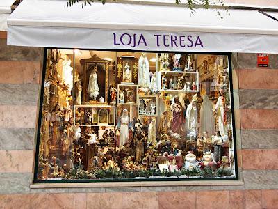 Tienda de artículos religiosos en Fátima