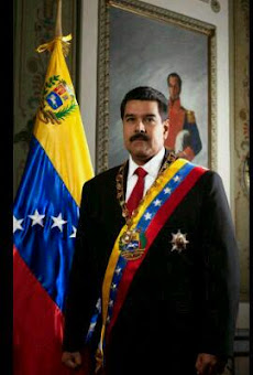 Todas nosotras...¡con Maduro desde el corazón!