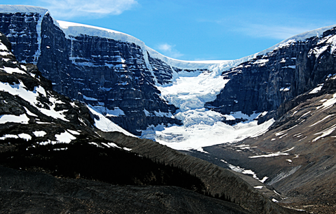 columbia icefield alberta rocky mountains travel photography