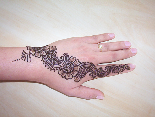 Easy Mehndi Patterns On Paper : Mehndi design easy one makedes