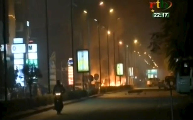 Photos: Al-Qaida attacks hotel in Burkina Faso 3