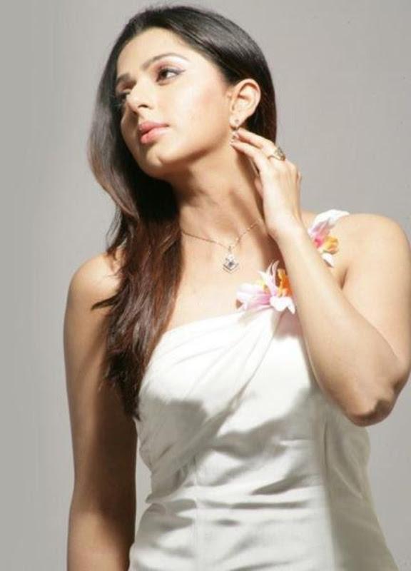 Bhumika Chawla Photoshoot unseen pics