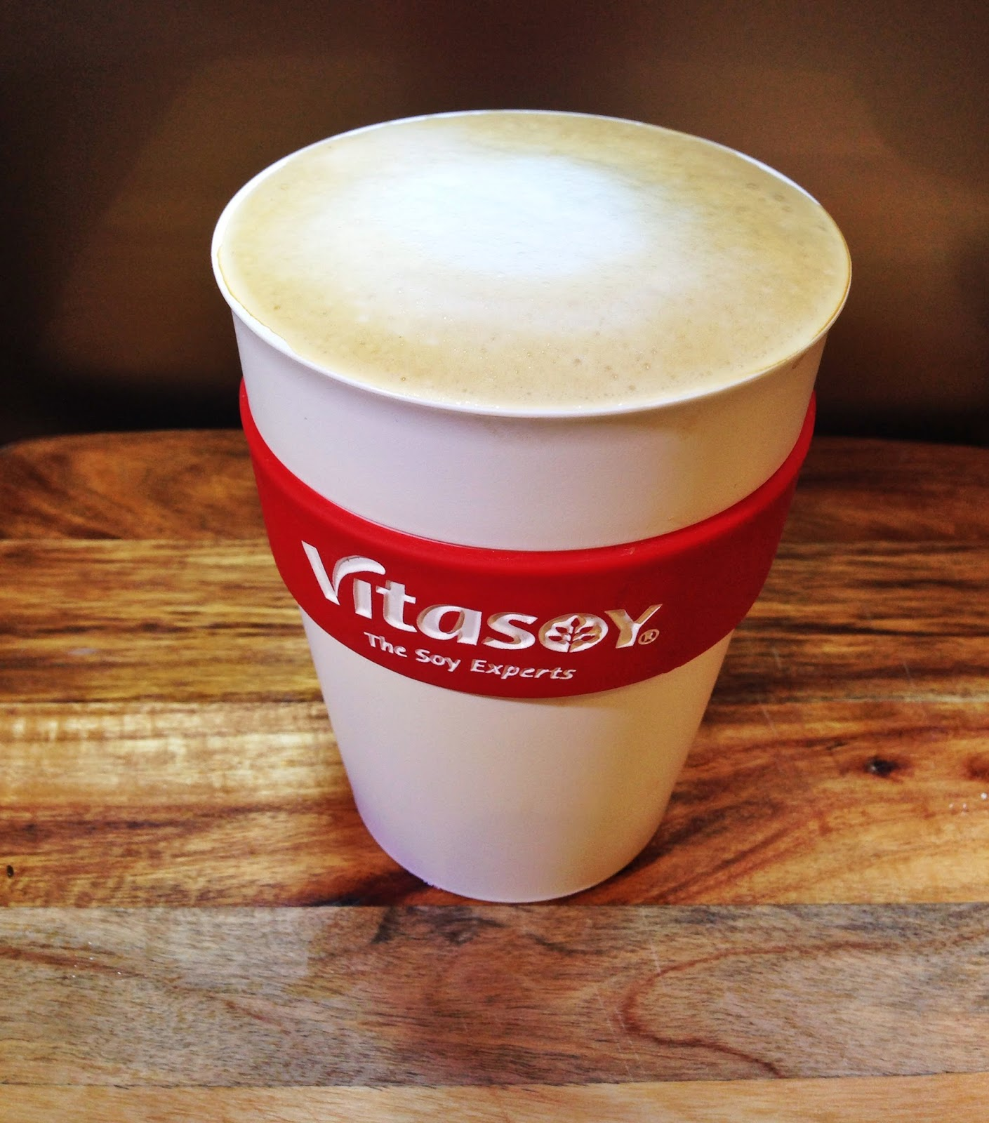Vitasoy, soymilk, organic, soybeans, vegetarian, gluten free, healthy, nutrition, win, giveaway, soy latte, coffee