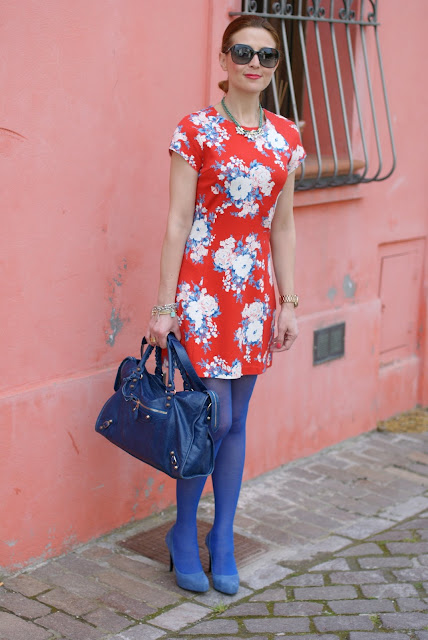 Rencontres flower dress, Philippe Matignon tights, Fashion and Cookies