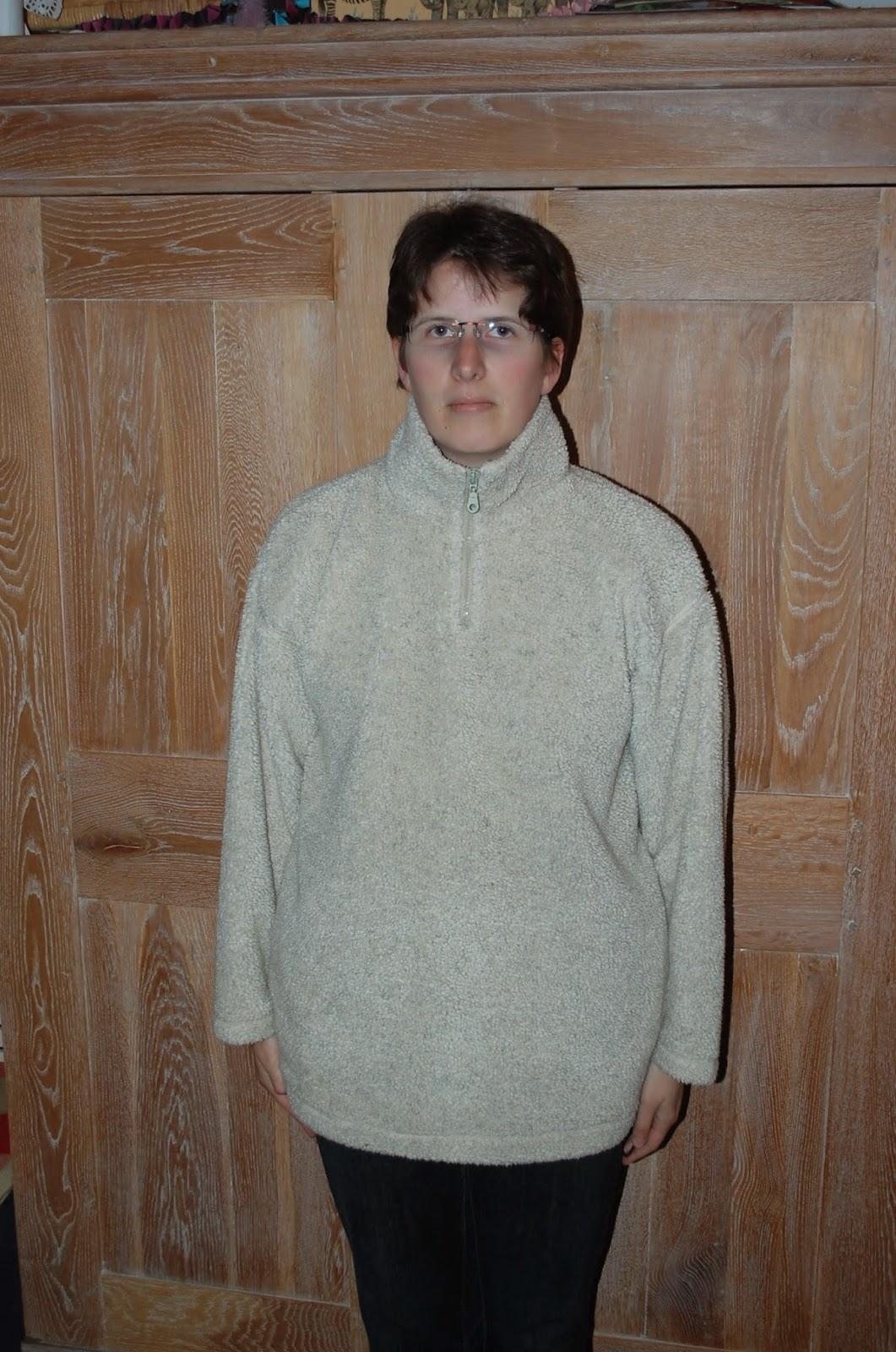 Joke freubelt 2 truien en een kussen 2 sweaters and a for Comfy kussen