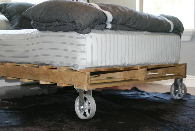 Letto Di Pallets : Forum arredamento u letto con bancali