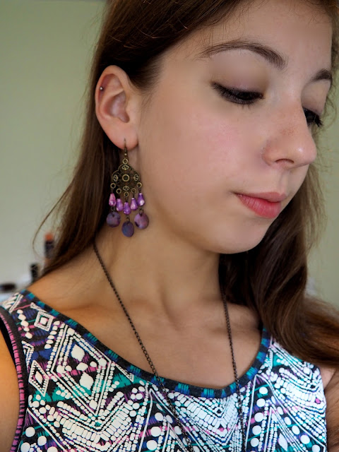 Summer Colours | outfit jewellery details of purple beaded earrings