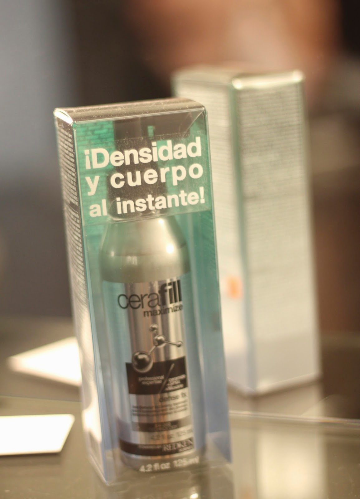 photo-cerafill-maximize-densefx-redken-hair-pelo-densidad-caida-salon-making_of