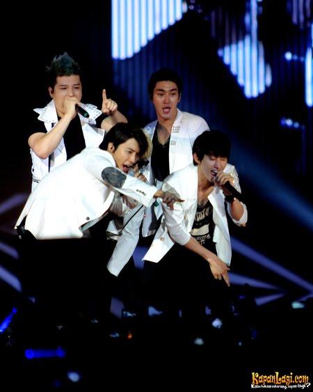Kumpulan Foto dan Video Super Junior SUJU Konser SMTown Jakarta