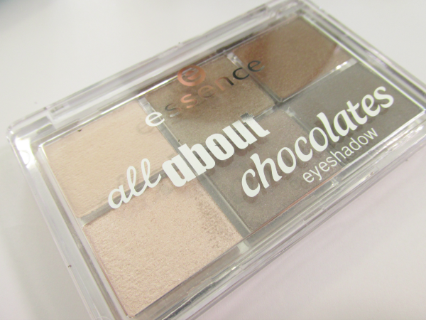 essence Bloggerevent 2014 - Neuheiten All about chocolate Lidschatten Palette