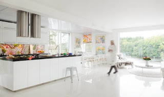 All White Scandinavian House Designs