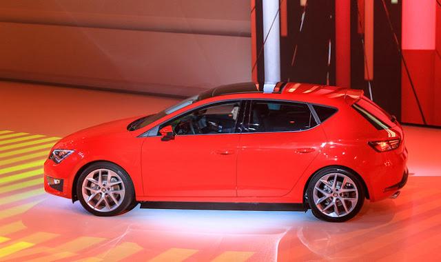 фото SEAT Leon 2012 года