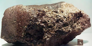 http://4.bp.blogspot.com/-C4Ha0dbYeTg/T_AFHkQOaTI/AAAAAAAAETI/NKgoLyQ77v0/s1600/Ini+Ciri-ciri+Meteorit+yang+Jatuh+ke+Bumi.jpg