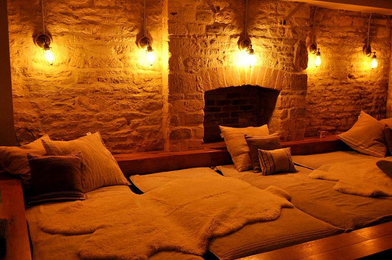 area to lounge and relax in the spa kings head hotel cirencester