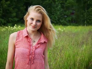 Nelli, 17