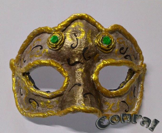 Máscaras hechas a mano
