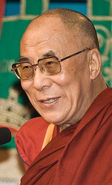 دالایی لاما,آموزگار, اصل عدم خشونت, نماد صلح جهانی,تنزین گیاتسو, دالایی لامای چهاردهم,  آموزگار بزرگ, ماهاتما گاندی,نلسون ماندلا, صلح و دوستی , مردم تبت ,دولت چین , رهبر معنوی تبت , رهبران اصلی اپوزیسیون چین , انعطاف پذیری , آسان گیری , روحانیت تندرو , دستگاه های مذهبی , مجله آلماني اشپيگل, بانفوذترین رهبران کشورها و انقلابیون, فرهنگ تبت و آزادی , رویکرد غیرخشونتآمیز,تبت من,مهربانی,وضوح وبینش, اتحادیه خوشی و پوچی, اعتقاد این معلم معنوی,صلح درونی , زیستن و خودشناسی ,دالایی لامای زمان , برخوردها با دالایی لاما, واتیكان با پاپ پل ششم , یك راهب بودایی ساده ام , اتهامات دالایی لاما در رسانه های وابسته به روحانیت ایران, محمد تقی فعالی ,نگرشی بر آرا و اندیشه های دالایی لاما,پژوهشکده تحقیقات اسلامی ,بودیسم,خشونت و عقل سلیم, رهبران سیاسی ما , جهان امروز, دانشپژوهان غربی مسلمان ,دیدگاه های فرادینی دالایی لاما , صلح جویانه اندیشهء ,دین و آزادی,مبارزه برای آزادی دینی و معنوی,همبستگی ملت ها و ادیان,درباره دالایی لاما, دالایی لاما کیست, دالایی لاما چه می گوید, رهبر معنوی تبت و بوداییان کیست, آیا دالایی لاما, آیا تنزین گیاتسو, چرا به دالایی لاما, عقاید دالایی لاما, تفکرات و اندیشه دالایی لاما, اعتقادات دالایی لاما, آشنایی با دالایی لاما, اطلاعات در باره و در مورد دالای لاما – تنزین گیاتسو, فعالیت ها و اعمال بشر دوستانه و تلاش تنزین گیاتسو – دالایی لاما , دالایی لاما کجا زندگی میکند, دالایی لاما محل زندگی و نحوه زندگی, دیدارها و ملاقات های دالای لاما – تنزین گیاتسو, عکس ها  تصاویر و فیلم ها و کلیپ ها مربوط به دالایی لاما, دانلود مطالب دالایی لاما, فایلهای پی دی اف مربوط به دالایی لاما, بررسی جریان دالایی لاما در واکاوی و کنکاش در موضوع فرقه ها و عرفان های بدلی, چگونگی برخورد با عرفان های نوظهور و نحله های انحرافی و فرقه های ضاله از زبان دالایی لاما, خنثی سازی تاثیرات منفی جریان انحرافی و فرقه های کاذب و معنویت های ساختگی و عرفان های نوپدید با راهکارهای دالایی لاما,مجموعه اطلاعات معتبر در مورد دالایی لاما, لینک های مرتبط با اخبار دالایی لاما, فیلم های موجود از سخنرانیها و دالایی لاما, علل گسترش عرفان های کاذب و فرقه های ضاله و معنویت های ساختگی از زبان  دالایی لاما, هدف و ضرورت از ب