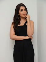 Rashi Khanna sizzling pics in black-cover-photo