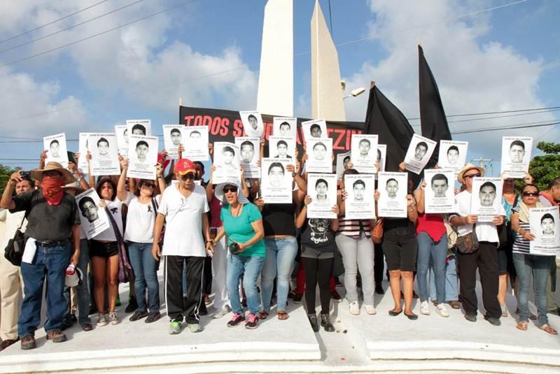 Uno de los normalistas desparecidos de Ayotzinapa era militar, revela Sedena