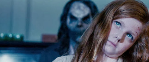 Screen Shot Of Hollywood Movie Sinister (2012) In Hindi English Full Movie Free Download And Watch Online at worldfree4u.com