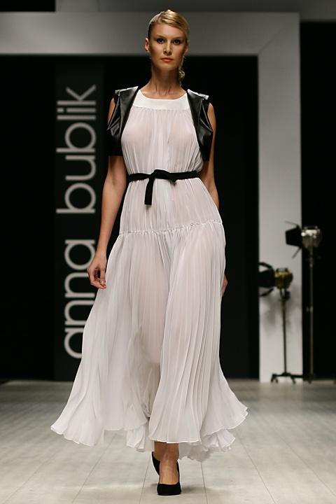 (Ukrainian Fashion Week 2011)
