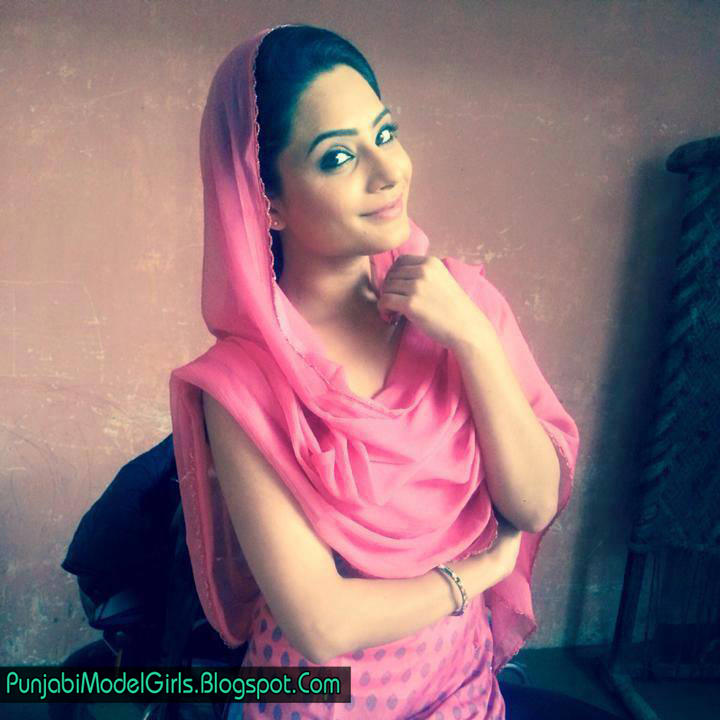 Manpreet Kaur Gill Model Images And Pictures | Chandigarh Cute Girls