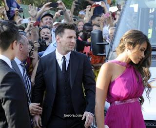 efe 20130713 20130713 635093438594887598w efe صور حفل زفاف تشافة هرناندس نجب برشلونة على نوريا كونييرا بحضور نجوم الكرة العالمية