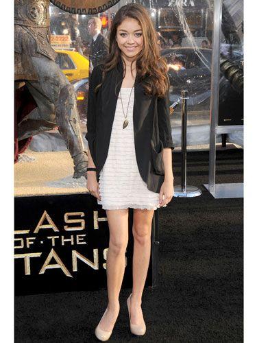 7 dias sete look da atriz americana Sarah Hyland