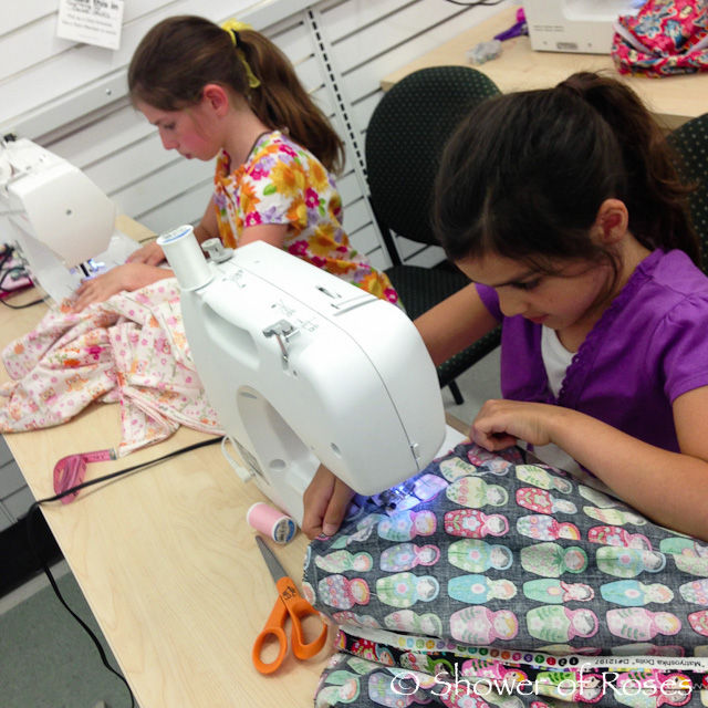 Kids Sewing  Headtime Story