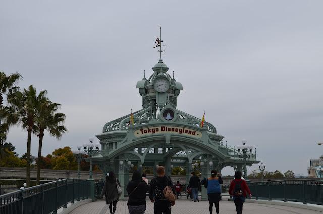 Entrance to Tokyo Disneyland