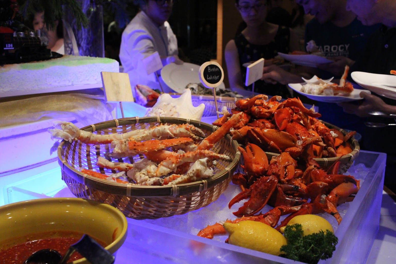 AquaMarine Dinner Buffet @ Marina Mandarin Singapore | JACQSOWHAT: Food. Travel. Lifestyle.